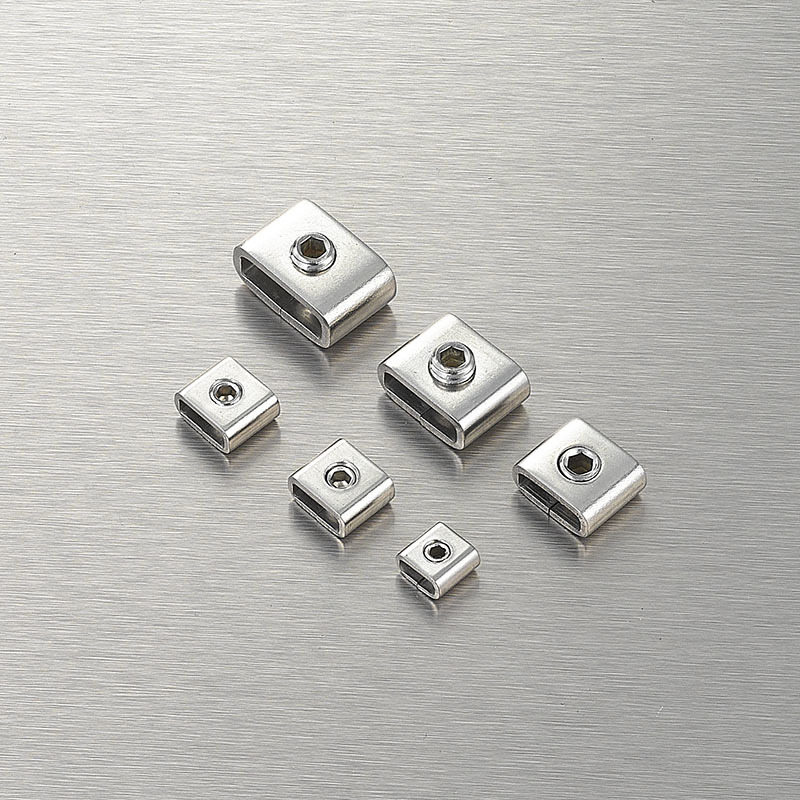 Screw type stainless buckle